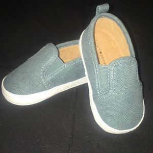 Lucky Brand baby shoes